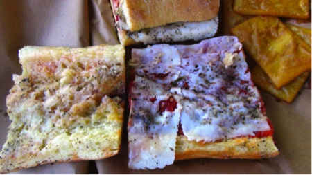 Il pane cunzatu - cibo di strada Palermo 5