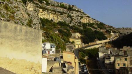 Chiafura storia dei cavernicoli di Scicli 3