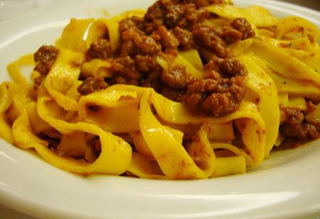 Spec Bologna-2- tagliatelle e tortellini 2