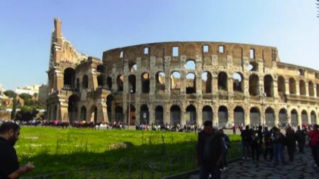 3spec Roma-2-cosa mangiavano i romani al Colosseo 1
