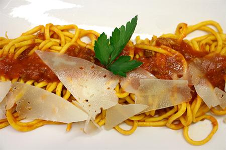 Spaghetti alla chitarra con ragu di castrato 2