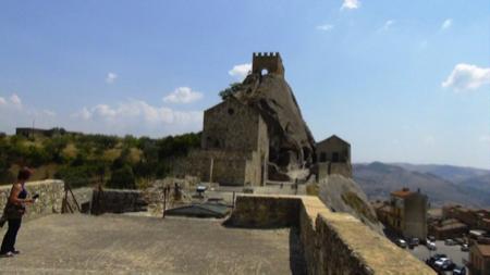 sperlinga un castello nella roccia 2