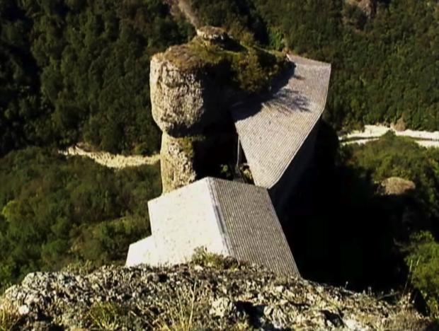 6spec Genova-7-Castello della Pietra a Vobbia 3