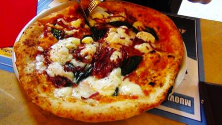 Napoli pizza Enzo Coccia 11