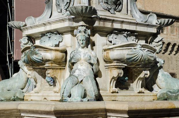 piazza Maggiore cuore di bologna 14