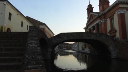 spec Comacchio-1-intro 2