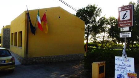 spec Custonaci-2-ufficio turistico 1