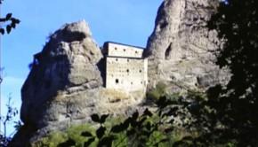 Castello-della-Pietra-Vobbia