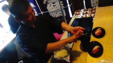 sushi tram 6