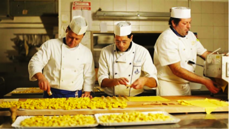 I gourmet tour nella food valley dell emilia romagna - Corsi di cucina parma ...