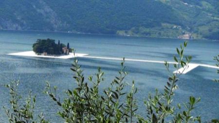 Christo Floating Piers on Lake Iseo 1