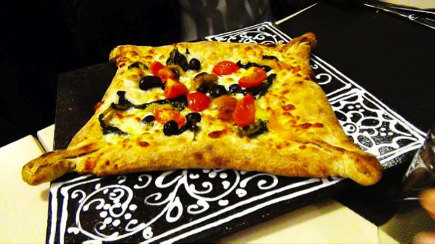 pizza diversa Tredici8 a Varese 6