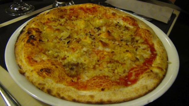 pizza diversa Tredici8 a Varese 7