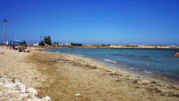 spiaggia marina di priolo sicilia cop