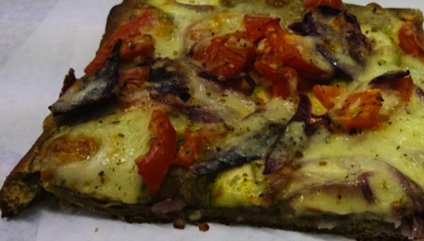 pizza alla cannabis a urbino 4
