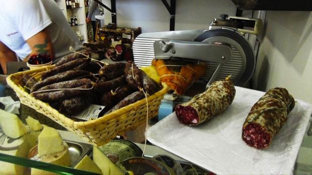 salumi formaggi marchigiani Sapori di casa Fano 4