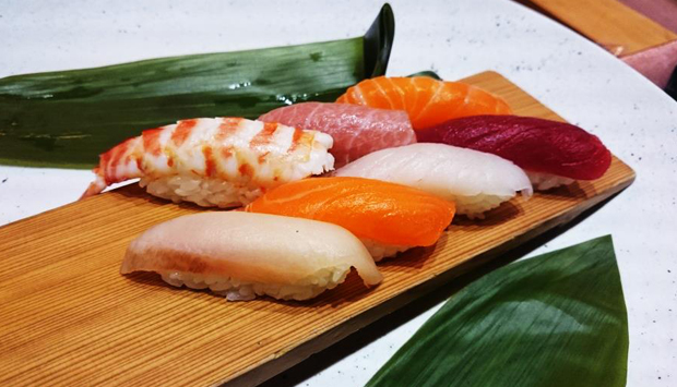 kaiseki al sushi b di milano il vero menu della tradizione giapponese. Black Bedroom Furniture Sets. Home Design Ideas