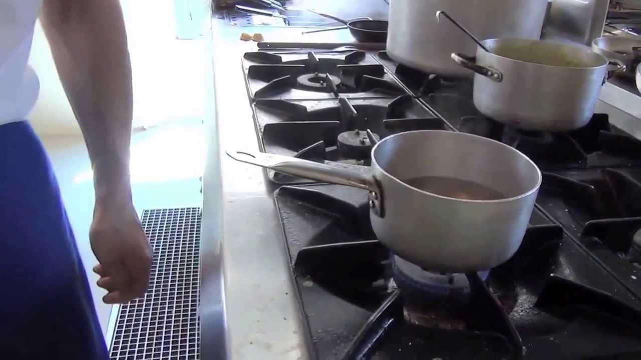 Cappelletti all'uso di Romagna, la ricetta dell'Artusi