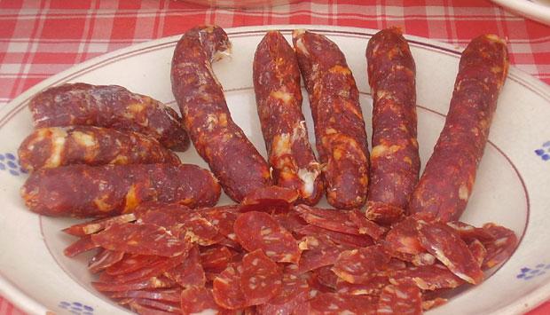 Salsiccia a catena di Cancellara De.Co. (Basilicata)