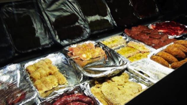 N'ta Za' Carmela a Catania la carne si mangia per strada