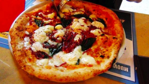 La Notizia è che a Napoli c'è la pizza colta: la fa Enzo Coccia