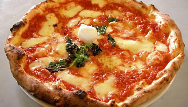 """Perché la pizza è """"napoletana""""?"""