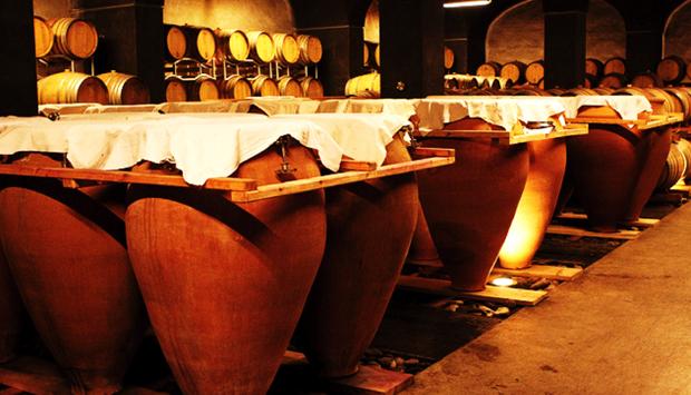 Vini in anfora: dalla Georgia agli italiani, i produttori all'antica