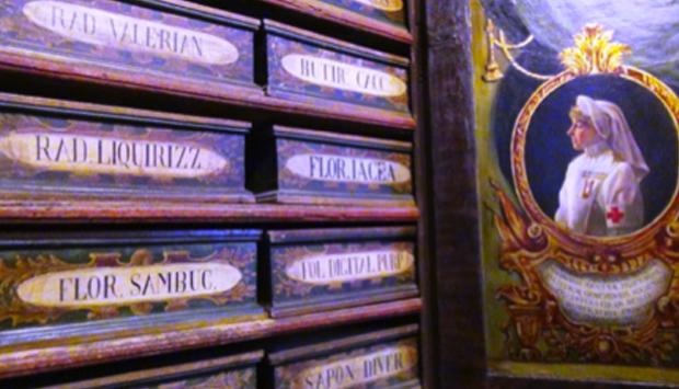 Farmacia dei Papi, a S. Maria della Scala a Roma: la più antica in Europa