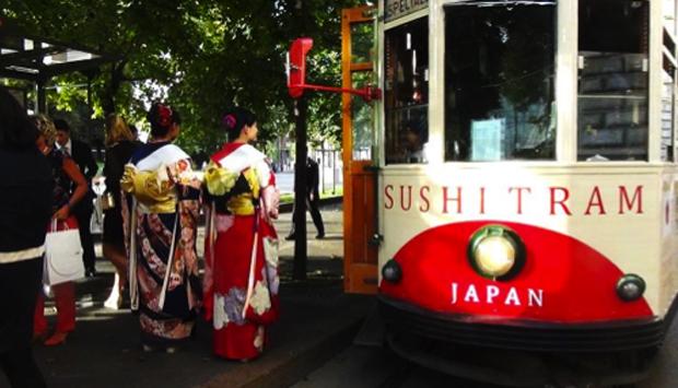 Sushi Tram, in moto senza soste la gastronomia del Giappone
