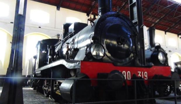 Museo Ferroviario di Pietrarsa, treni storici per viaggiare con la mente