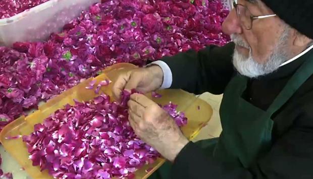 Dal monastero di San Lazzaro la ricetta della marmellata di petali di rose