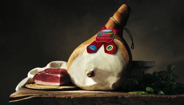 Il prosciutto di Sauris, tradizionale della provincia di Udine