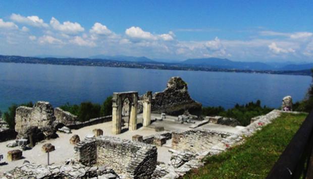 Sirmione (BS), bellezza millenaria che si specchia nel Lago di Garda