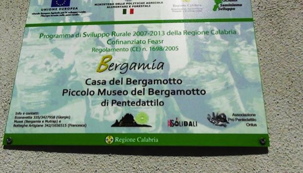 La Casa del Bergamotto, museo-negozio a Pentedattilo (RC)