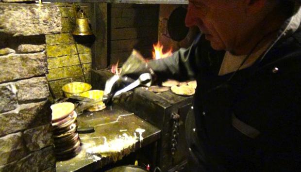 Al ristorante I Panigacci di Boarezzo (VA), tanta carne al fuoco