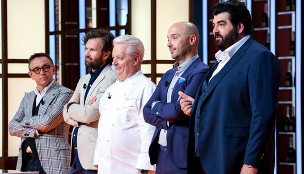 Iginio Massari sbaglia la ricetta della Chantilly per colpa di Masterchef?