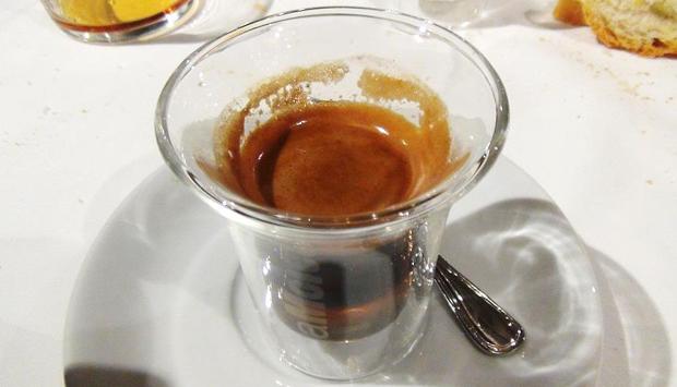 La Moretta Fanese, tipica ricetta alcolica marchigiana al caffè