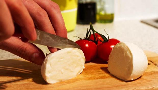 Attenti alle Mozzarelle che mangiate: ecco come sceglierle
