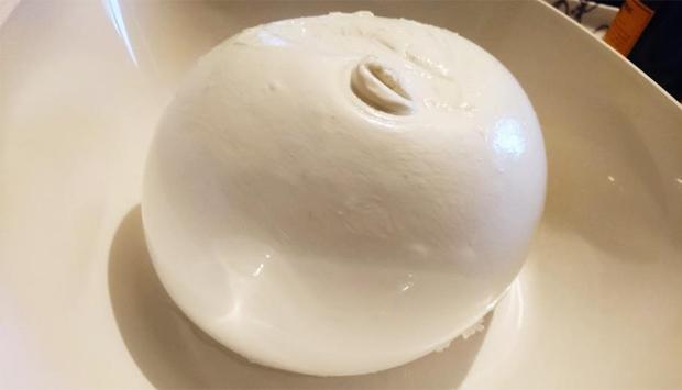 Zizzona di Battipaglia Point di Milano, squisitezze dal latte di bufala