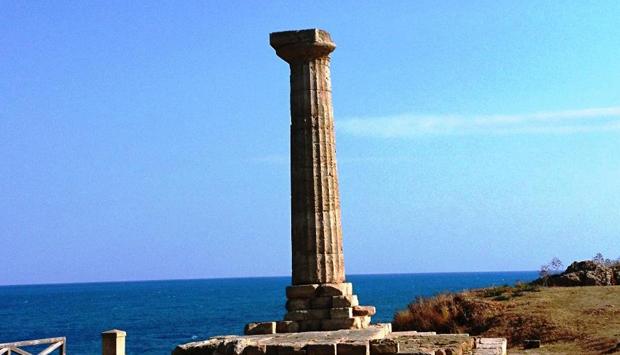 Parco Archeologico di Capo Colonna, sacralità della memoria a Crotone