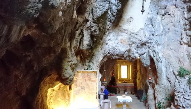 Santuario di Monte Stella, in una splendida grotta di Pazzano (RC)