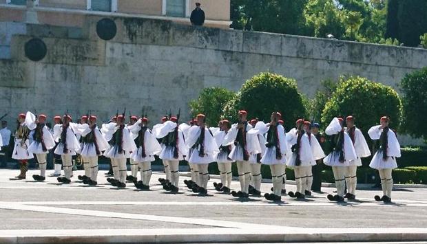 Il Cambio della Guardia ad Atene, un cerimoniale spettacolare