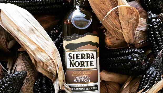 Whiskey culturali messicani da mais autoctoni ancestrali di Sierra Norte
