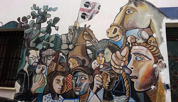 Murales di Orgosolo (Sardegna), politica e società diventano arte