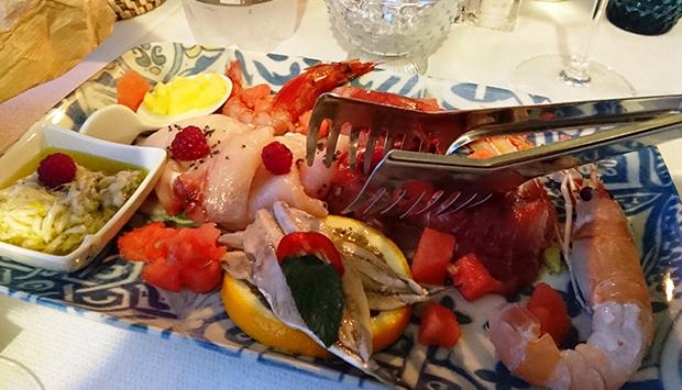 Il Barcaiolo, ristorante di pesce direttamente sul mare di Taormina